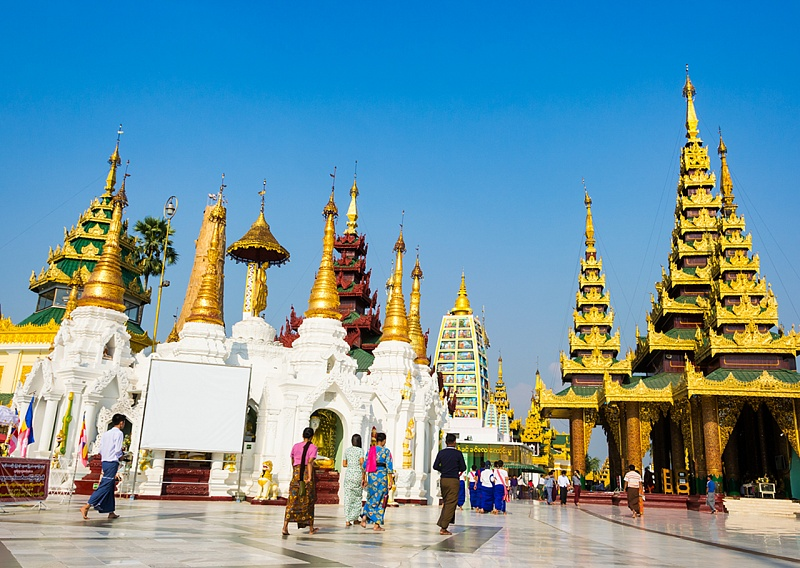 Жизнь за границей: бирманские традиции