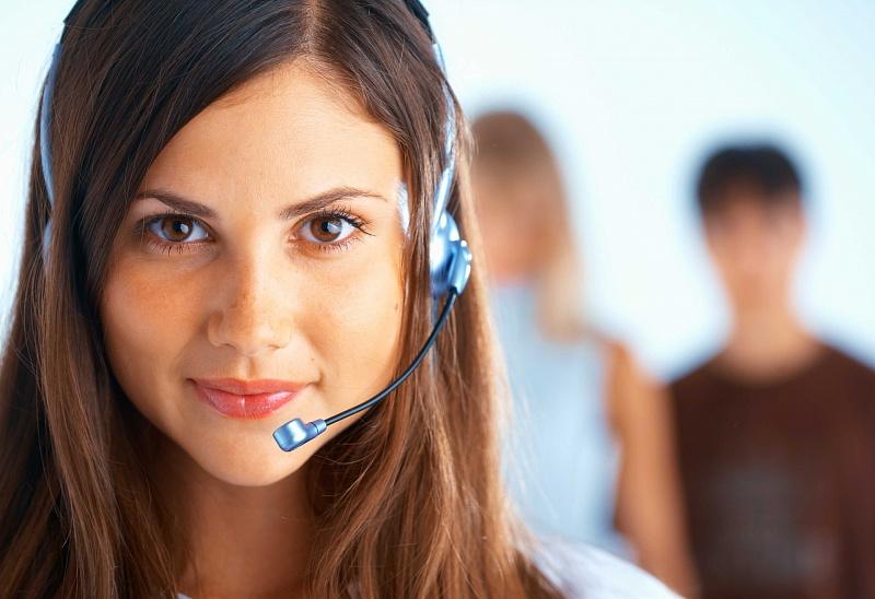 Фронт-офис изнутри — телефонный оператор в ОАЭ